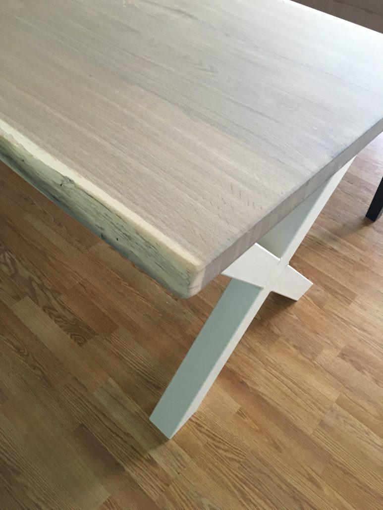Boomstamtafel Met Wit Onderstel.Bb T Planken Houten Handgemaakte Meubels